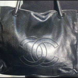 💯 Authentic Vintage Chanel Timeless Tote